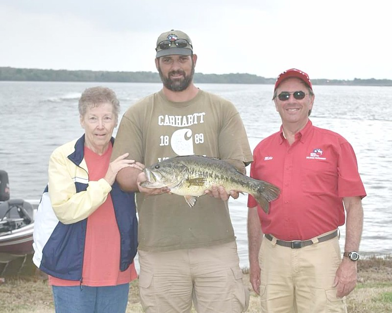 2018-kckl-big-bass-winner.jpg